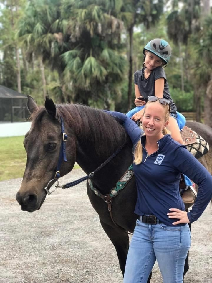 Cassidy Hoff Veterinary Technician Palm Beach Equine Clinic
